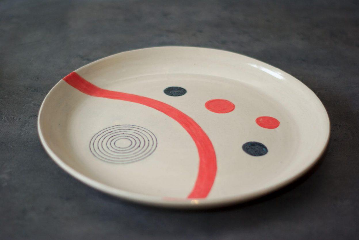 Plateau à motifs géométriques de l'atelier Sy
